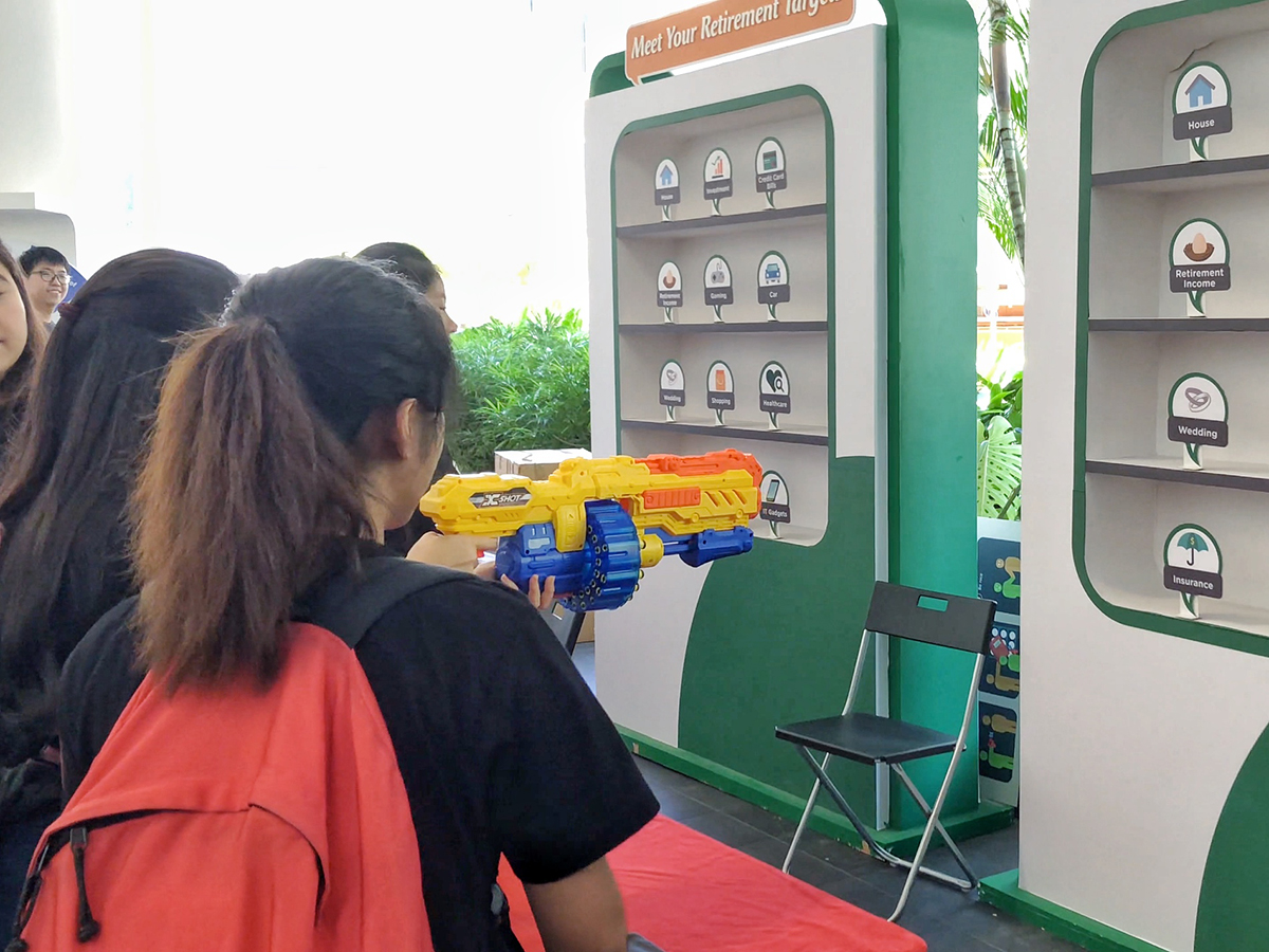 Carnival shooting game by CPF